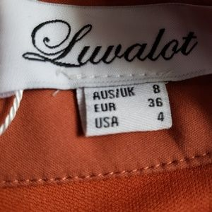 Luvalot Tops - Luvalot Crop Top with full zip back Sz 4